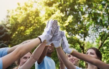 Businesses Raise $10,000 for Area Nonprofits